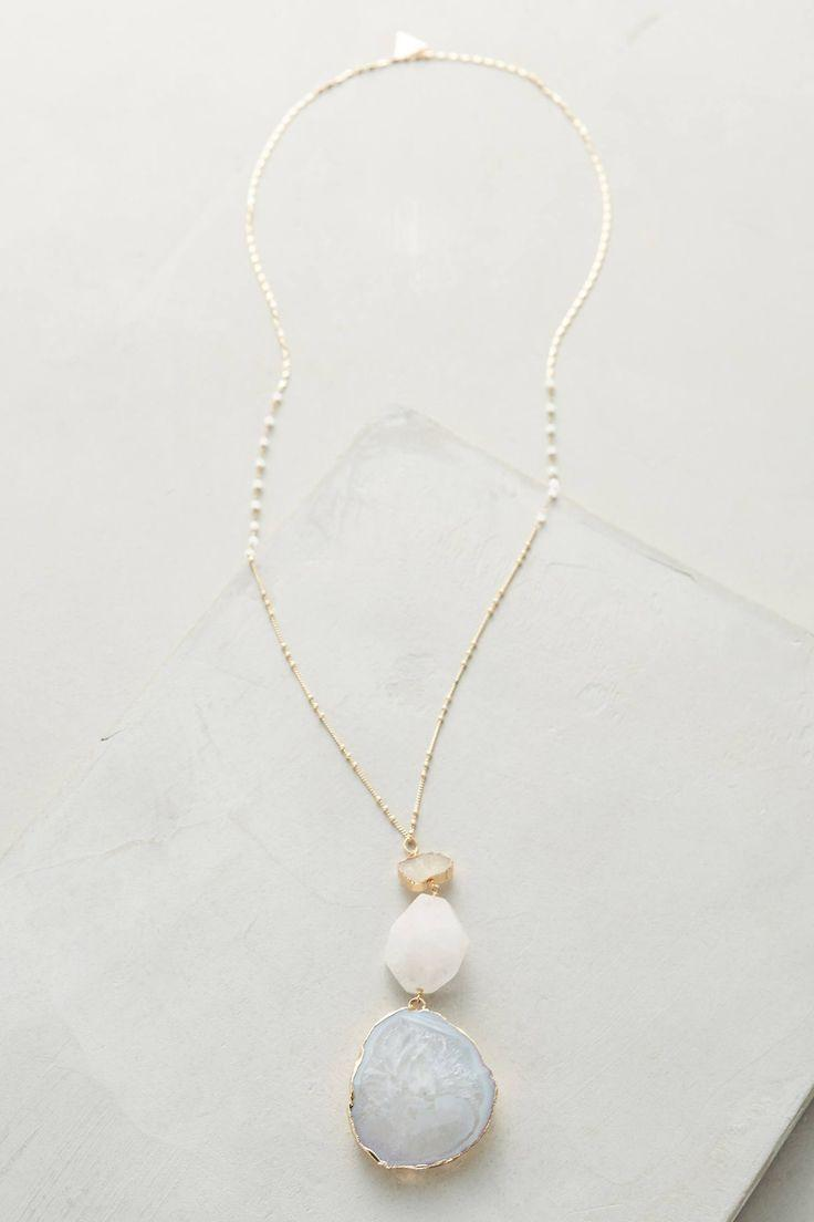 Mariage - Shades Of White Pendant