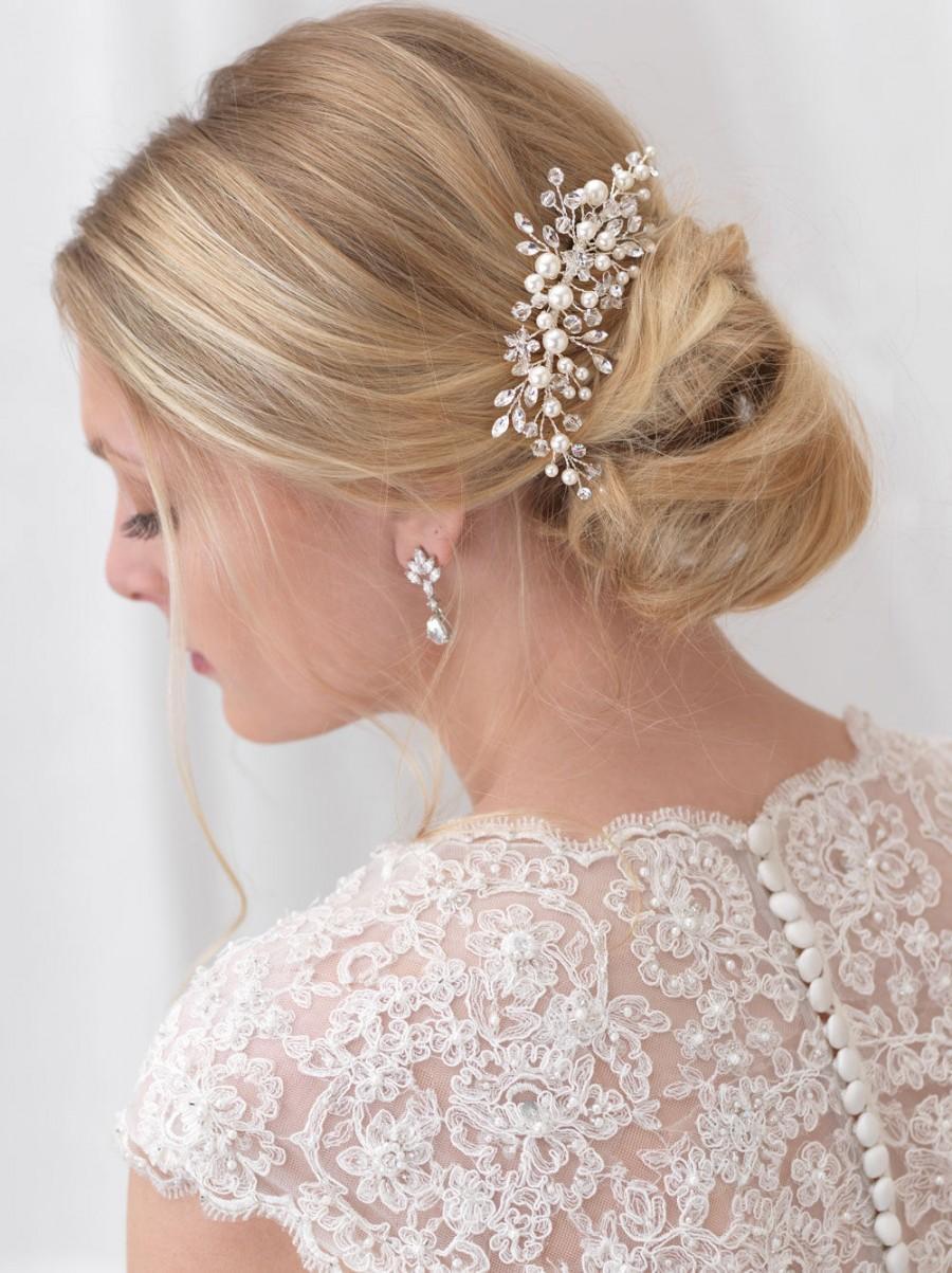 Hochzeit - Pearl Bridal Comb, Floral Wedding Comb, Bridal Hair Comb, Wedding Hair Comb, Crystal Hair Comb, Pearl Hair Comb, Bridal Headpiece ~TC-2293
