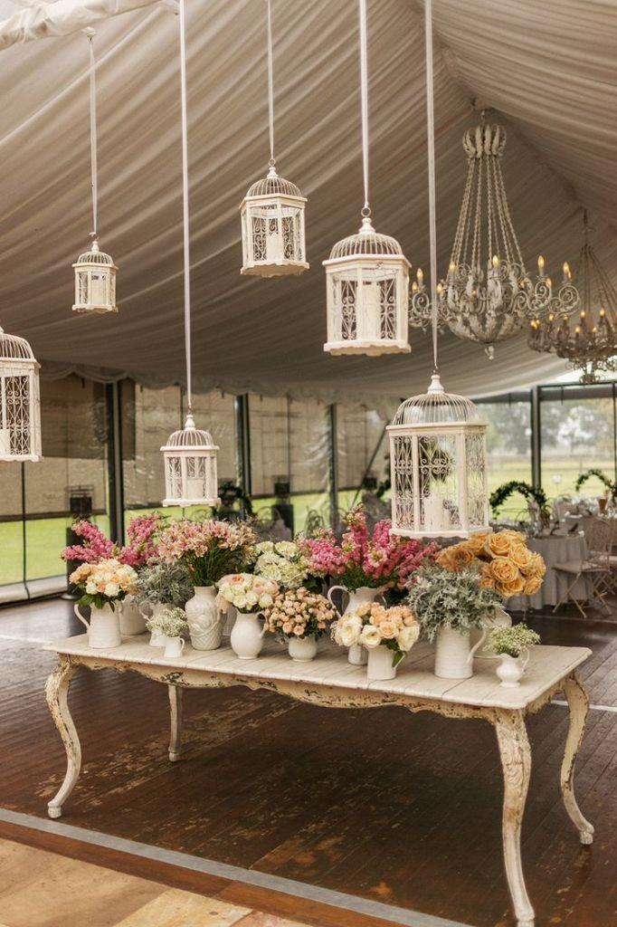 30 Romantic Indoor Barn Wedding Decor Ideas With Lights 2716784