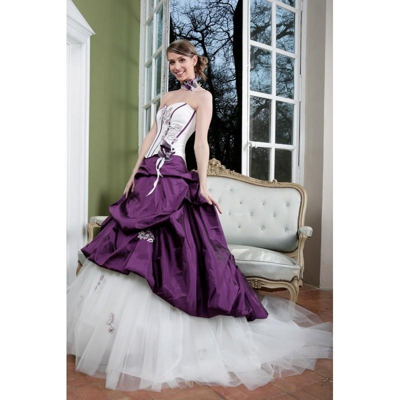Mariage - Primanovia, Craquante - Superbes robes de mariée pas cher