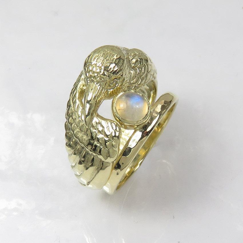 زفاف - 14K Gold Raven Ring with Moonstone - Pagan Wedding Ring - Double Ring - Engagement and Wedding Ring Set -  Bird Ring - Original Wedding Ring