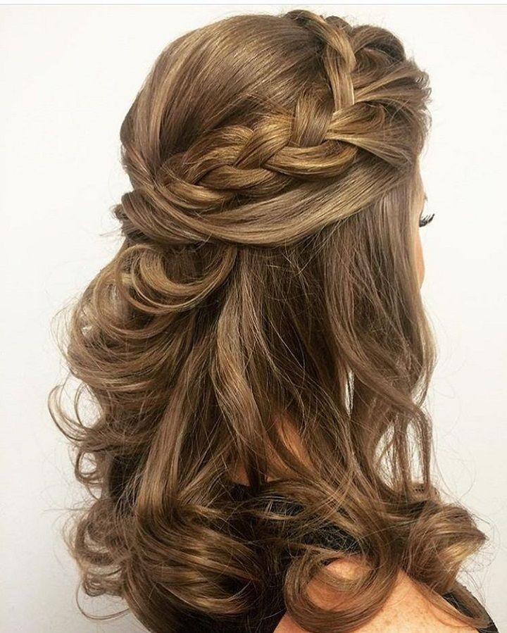 Hair Half Up Half Down Hairstyle 2717663 Weddbook
