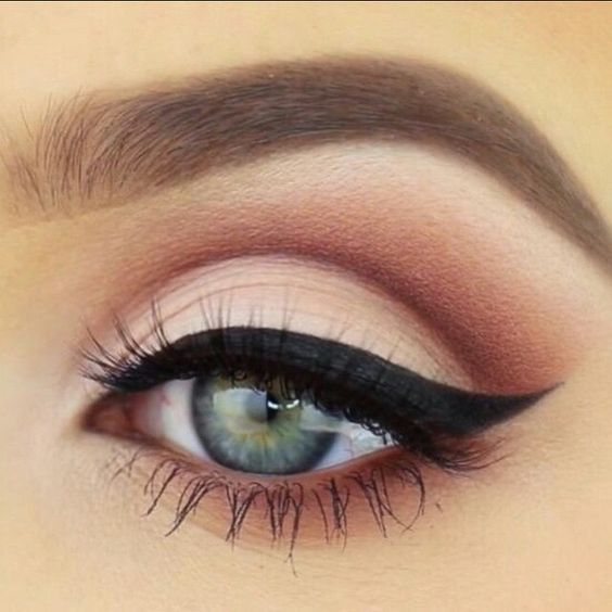 Wedding - Smoke And Mirrors Eye Palette