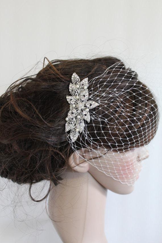 Mariage - Birdcage veil with hair comb,Ivory birdcage veil,Wedding fascinator,Bridal viel,Wedding veil,Blusher veil,French netting,Bridal fascinator