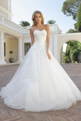 Wedding - 547 - Bruidsmode - Bruidscollecties - Bruidsmode 2015 Met Trouwjurken Van Topmerken