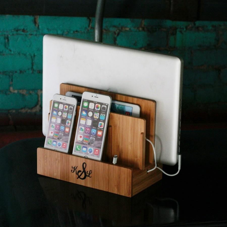 Hochzeit - Customized Bamboo Multi Charging Station