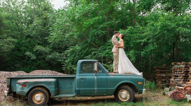 Свадьба - Rustic Farm Wedding In Crozet