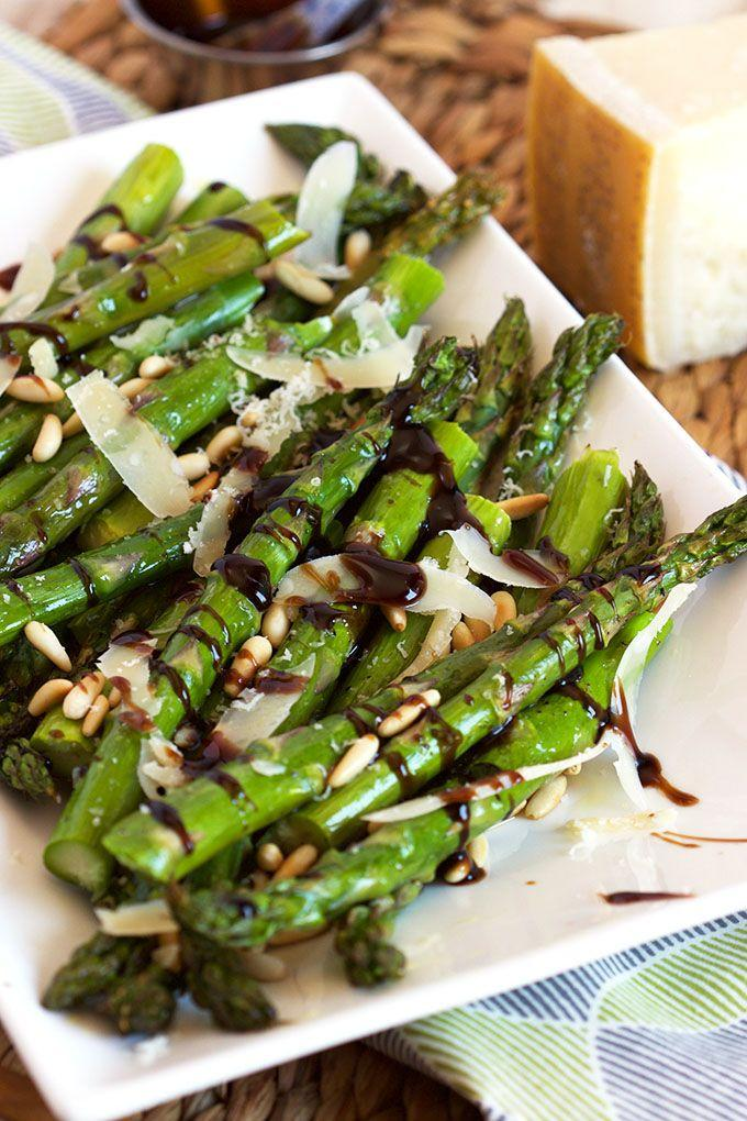 Свадьба - Roasted Asparagus With Pine Nuts, Parmesan And Balsamic Glaze
