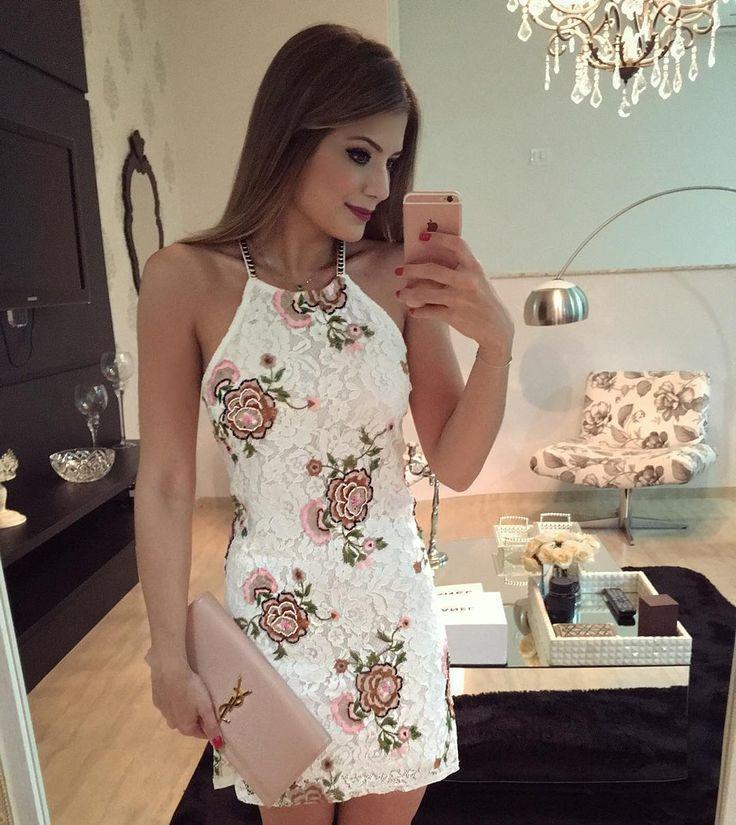 """3e4b3bdbe27d Blog Trend Alert On Instagram: """"{Friday} De @estilonanaminze Renda Bordada  Mais Linda • #lookdanoite #lookofthenight #ootn #selfie #blogtrendalert"""""""