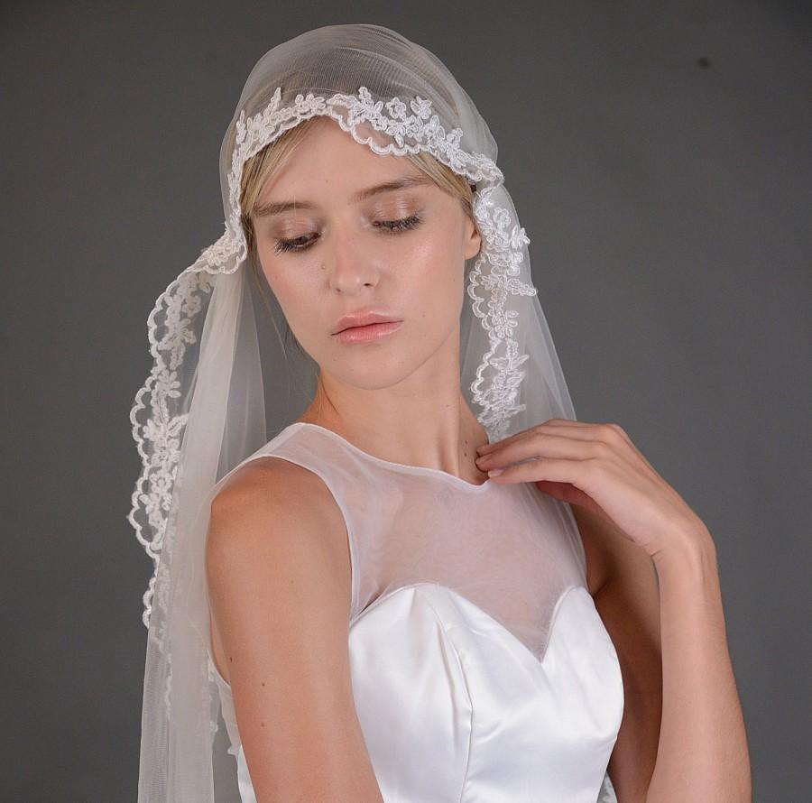 Wedding - Bridal Soft illusion Tulle Juliet Cap Veil, Floral lace Wedding Waltz Cathedral veil ,Vintage Single One Tier Bride Ivory hair accessories