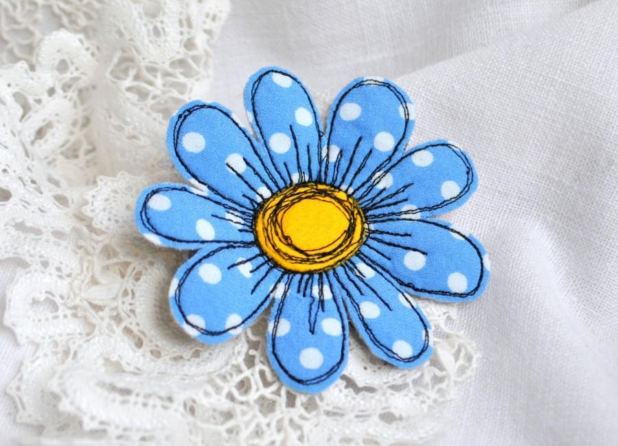 Hochzeit - Blue chamomile brooch Polka dots fabric flower pin Textile art daisy brooch Single flower felt brooch Fiber art brooch Fabric jewelry