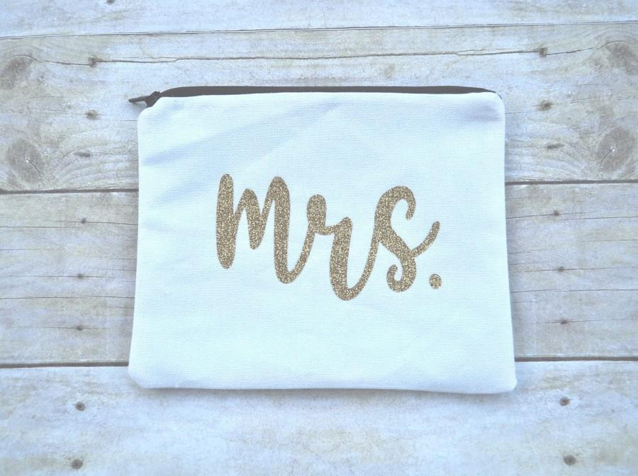 Wedding - Bride Make Up Bag, Bride Zipper Pouch, Mrs. Cosmetic Bag, Bride Cosmetic Bag, Wedding Day Bag, Mrs. Pouch, Bride Gift