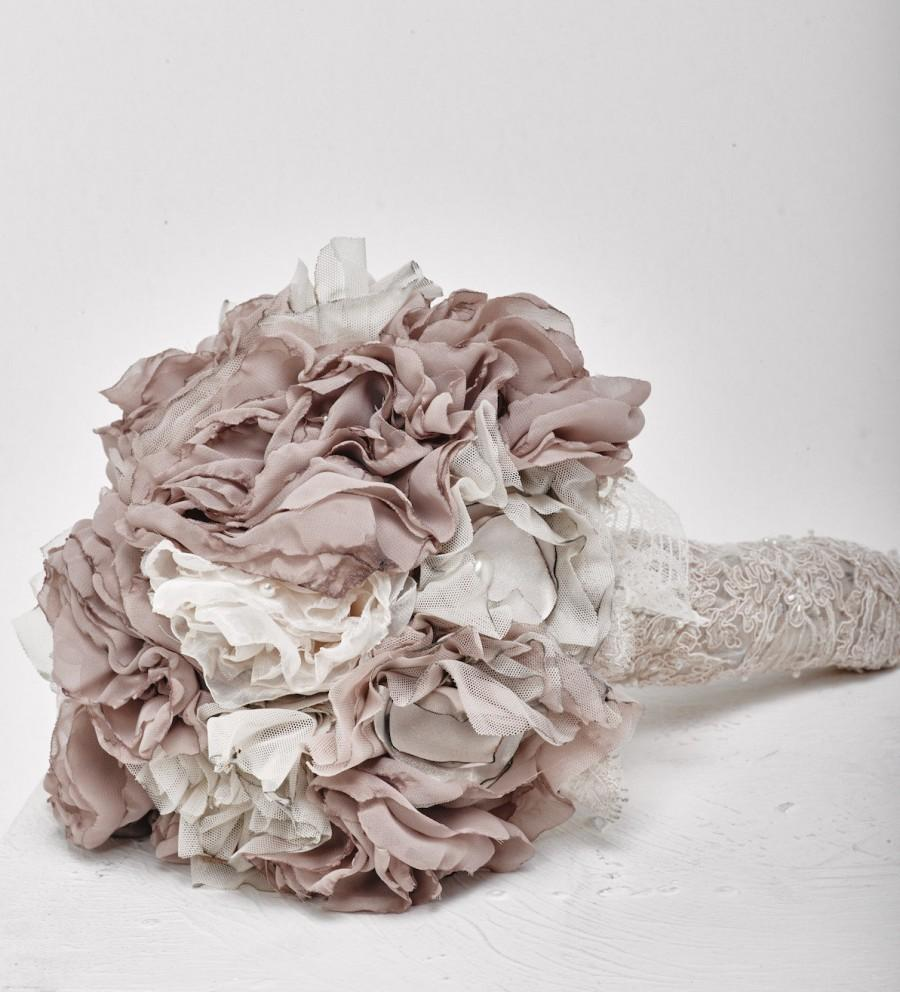 Свадьба - Lace and Fabric Flower Bouquet for Weddings.