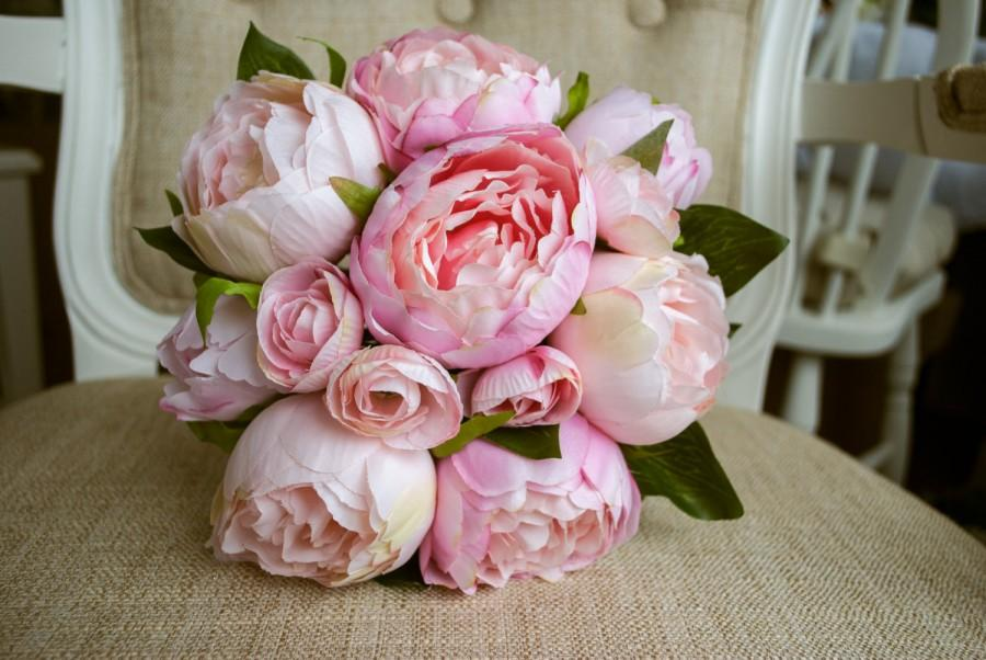 Mariage - Blush pink and pale pink silk wedding bridesmaid bouquet. Made with artificial peonies.