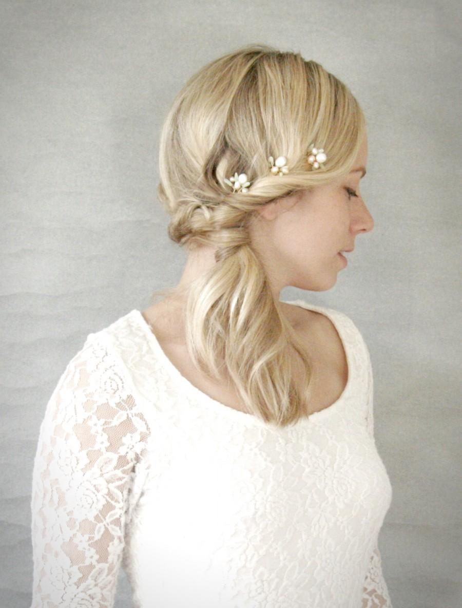 Boda - Freshwater Pearl and Sage Orchid Inspired Bridal Hair Pins. Wedding Hair Pins. Set of Three