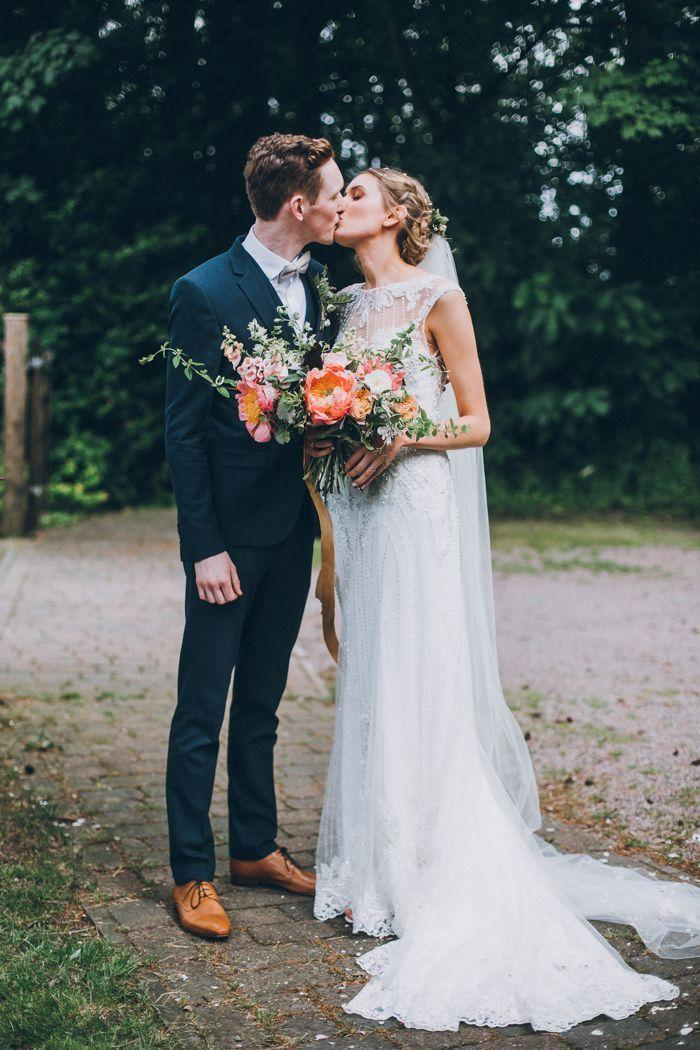 Wedding - Sweet And Sparkly Leicestershire Wedding At The Old Stables