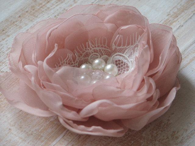 زفاف - Blush hair flower Ivory lace hair clip Blush hair clip Blush wedding Blush ivory hair flower Blush bridal flower Pink hair flower Ivory lace