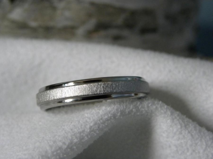 Свадьба - Ring or Wedding Band 4mm Titanium Best Seller