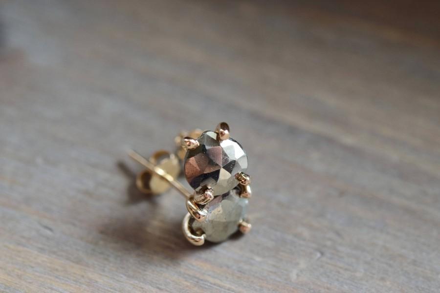Свадьба - Faceted Pyrite Studs. Fools Gold Teardrop Earrings. Minimal Delicate Everyday Earrings. Pyrite Gold Fill Earrings. Gold Studs