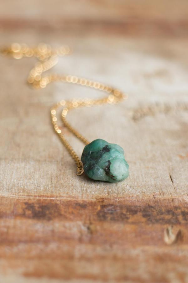 Wedding - Raw Emerald Necklace in Silver or Gold, May Birthstone, Rough Emerald Crystal Necklace, Raw Stone Jewellery, Emerald Jewelry, UK Jewellery