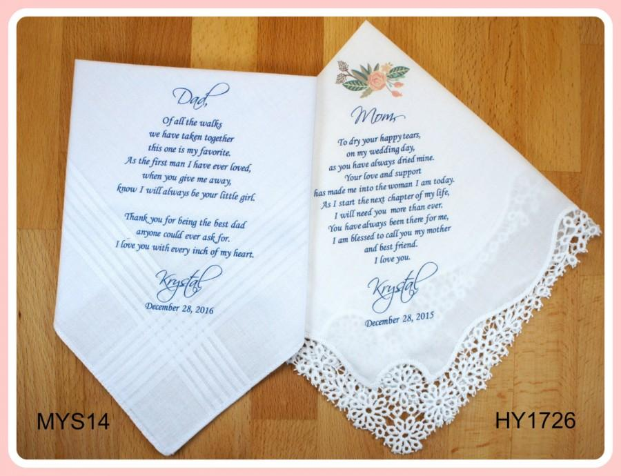 Hochzeit - Mother of the Bride & Father of the Bride Handkerchiefs-Wedding Hankerchief-PRINTED-CUSTOMIZED-Wedding Gift-Mother of the Bride Gift