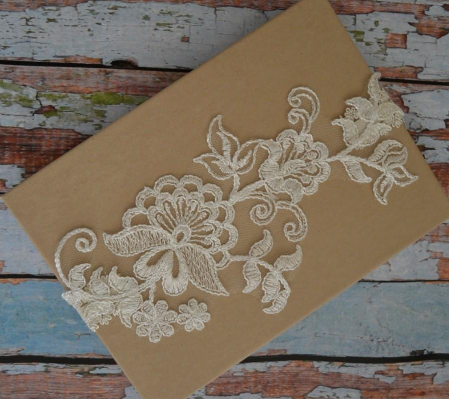 Hochzeit - Ivory Wedding Garter, Ivory Lace Garter Set, Ivory Lace Bridal Garter, Single Bridal Garter Belt, Ivory Lace Prom Garter, Vintage Style, IVL