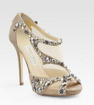 زفاف - Paris Atelier: To Walk A Mile In These Shoes...