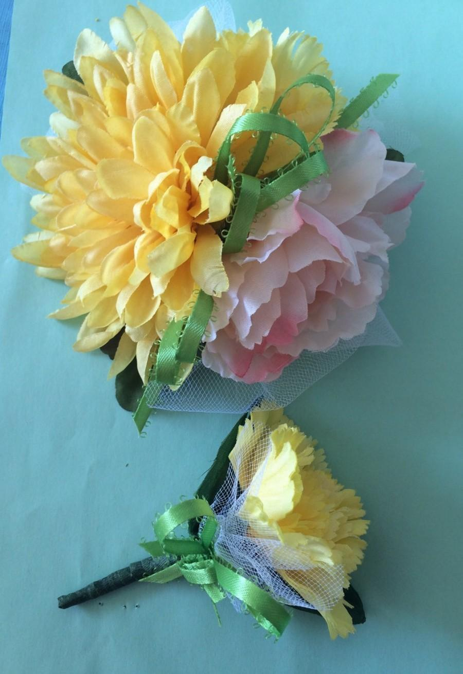 Mariage - Wrist Corsage Boutinierie Set Yellow Carnation Peony Light Pink Silk Lime Green Handmade