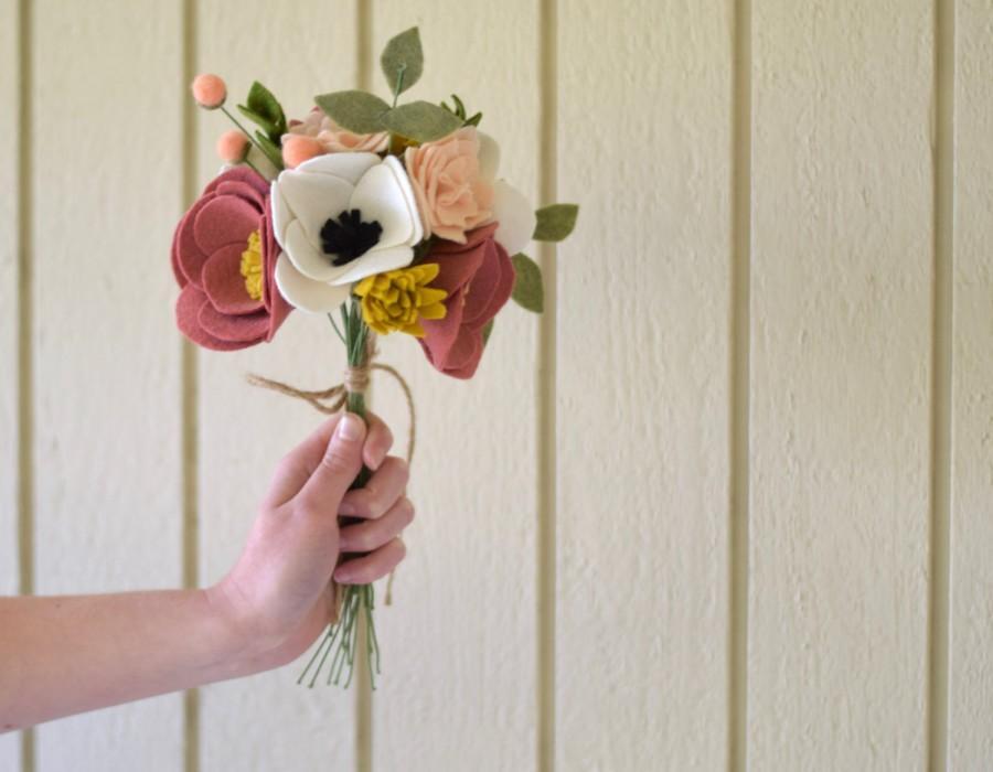 Mariage - Felt Flower Bouquet - Alternative Bridal Bouquet - Keepsake Wedding Bouquet