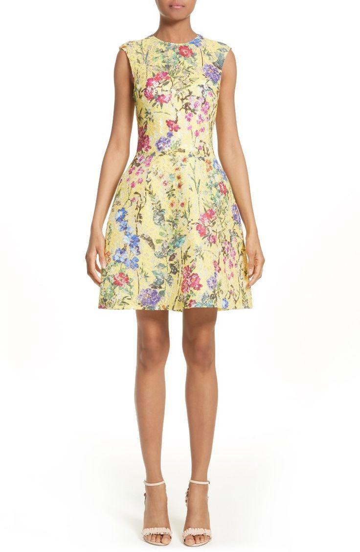 زفاف - Garden Print Lace Fit & Flare Dress