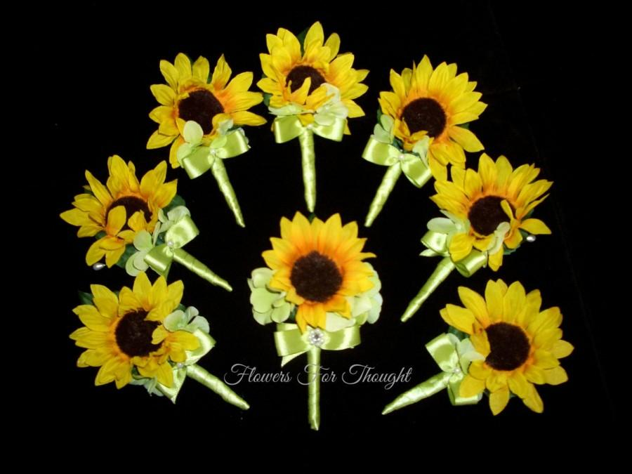 Mariage - Sunflower Boutonniere, Mens Wedding Flower, Groom Buttonhole Decoration, Summer Fall Wedding, Made to order, 1 Lapel Pin