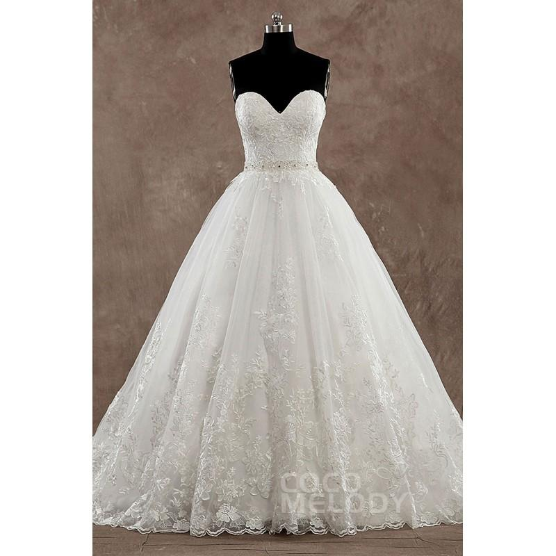 Pretty a line sweetheart natural train tulle ivory for Top wedding dress stores