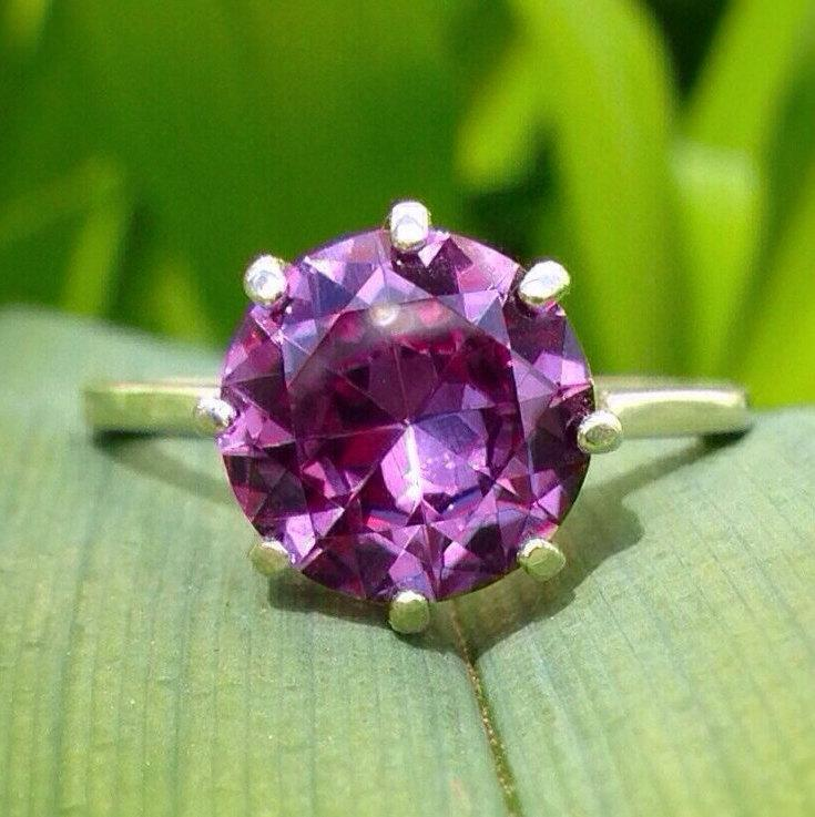 Mariage - Alexandrite Basket-set Ring, 10mm Color Change Alexandrite Statement Ring in Polished Sterling Silver, Engagement Ring
