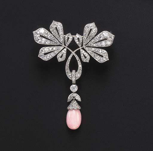 زفاف - A Diamond And Conch Pearl Brooch - Alain.R.Truong