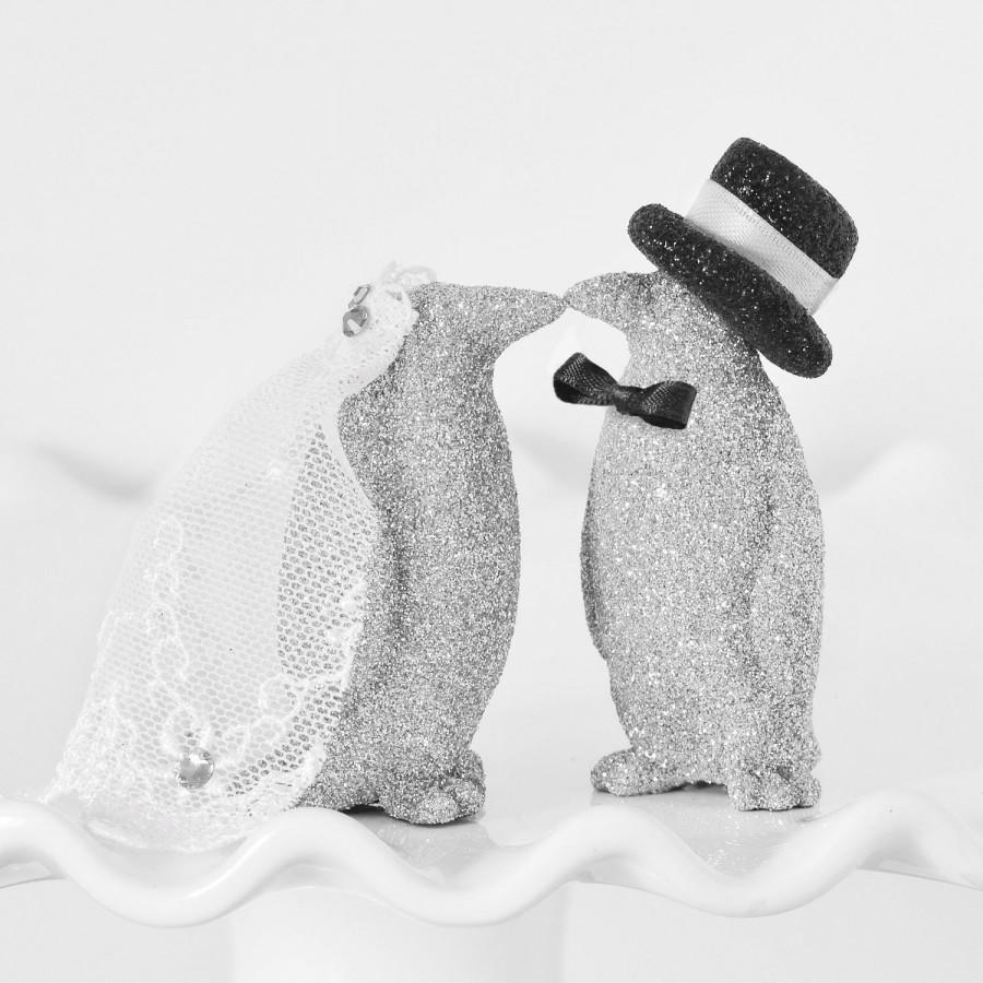 Свадьба - Wedding Cake Topper Custom Kissing Bride & Groom Glitter Penguins Personalized with Handmade Bow Tie Top Hat and Veil in your Wedding Colors