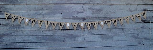 Mariage - Eat drink and be married burlap banner