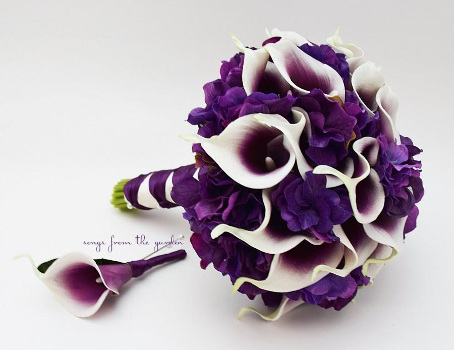 Mariage - Real Touch Picasso Calla Lily Purple Hydrangea Bridal Bouquet Groom's Boutonniere in Plum Purple White - Purple Real Touch Wedding Bouquet