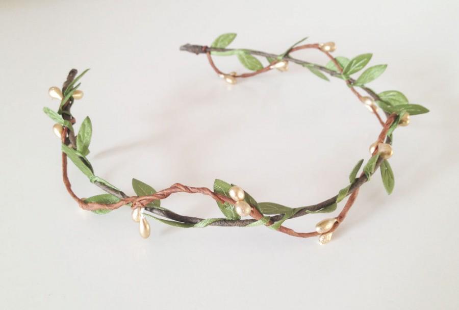 Свадьба - Gold Leafy Berry Pip Headband, flower crown, wedding headband, flower circlet, leaf and berry tiara, bridal crown, wedding hair accessories