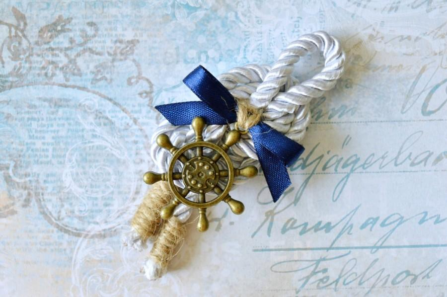 زفاف - Nautical wedding boutonniere, Anchor boutonniere, Rudder lapel pin, Groom, Groomsmen, Buttonhole, Beach wedding, Lapel Pin, Rope