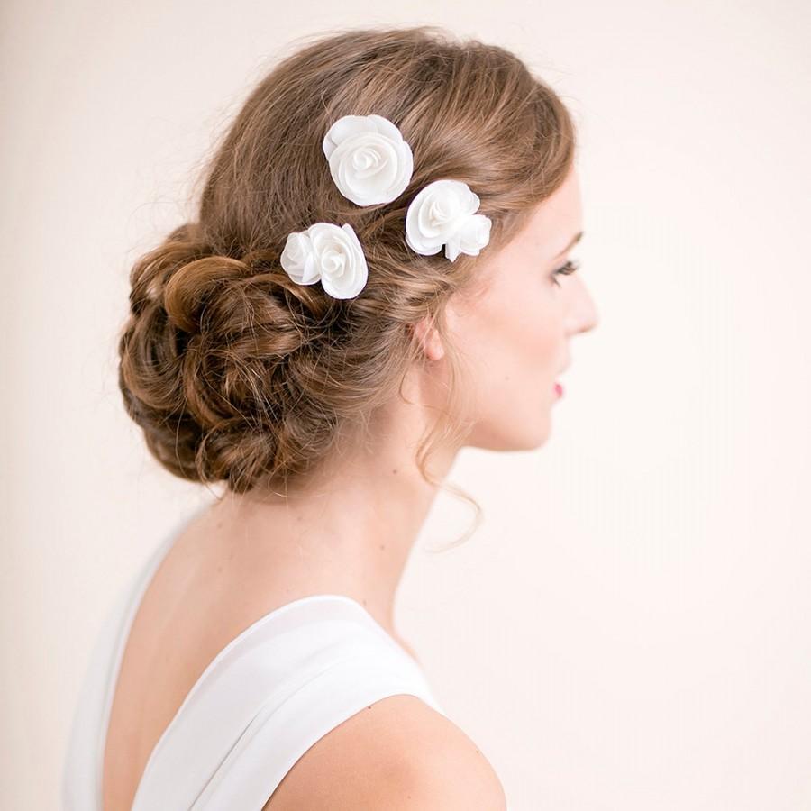 Свадьба - Bridal Flower Hair Pin - Hair Accessory Rose Pins - Wedding Hair Accessory - Floral Chiffon Hair Pins - Ivory / Soft White / White