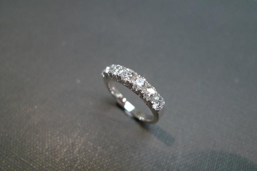 Mariage - Wedding Diamond Band Ring in 14K White Gold, Diamond Ring, Diamond Engagement Ring, Brilliant Cut Diamond, Wedding Ring, Custom Made Ring