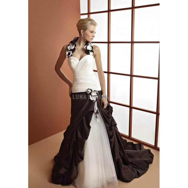 Wedding - Unique Halter A line Taffeta Floor Length Sleeveless Wedding Gown - Compelling Wedding Dresses