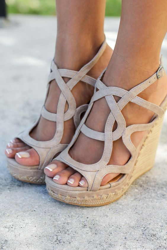 Свадьба - 36 Wow Wedges For You To Have A Comfortable Summer Of Style