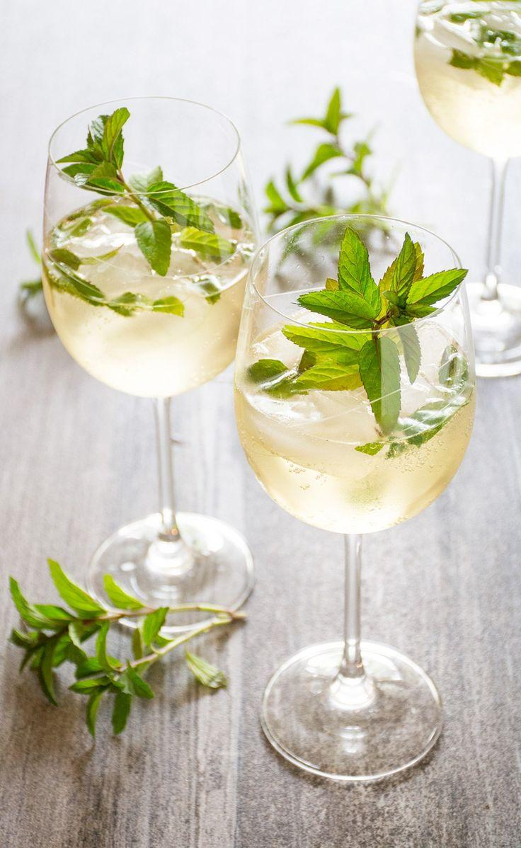 Wedding - The Hugo: Prosecco, Elderflower & Mint