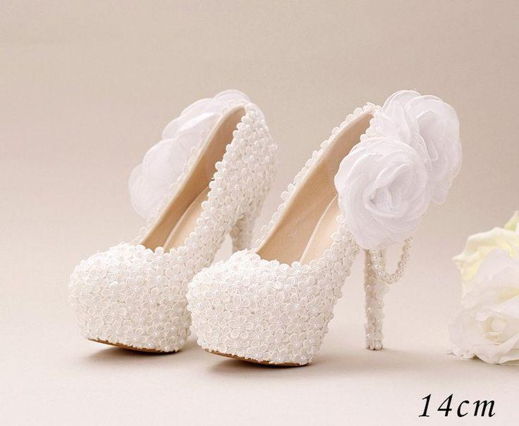Hochzeit - Pointed Toe Lace Pearls Wedding Shoes With Handmade Flowers, S033
