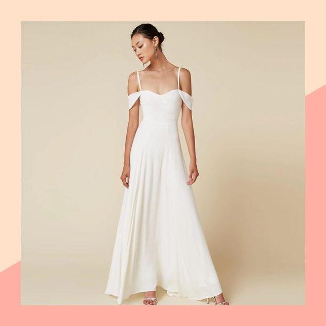 Wedding - 11 Beach Wedding Dresses That Cost Less Than $500