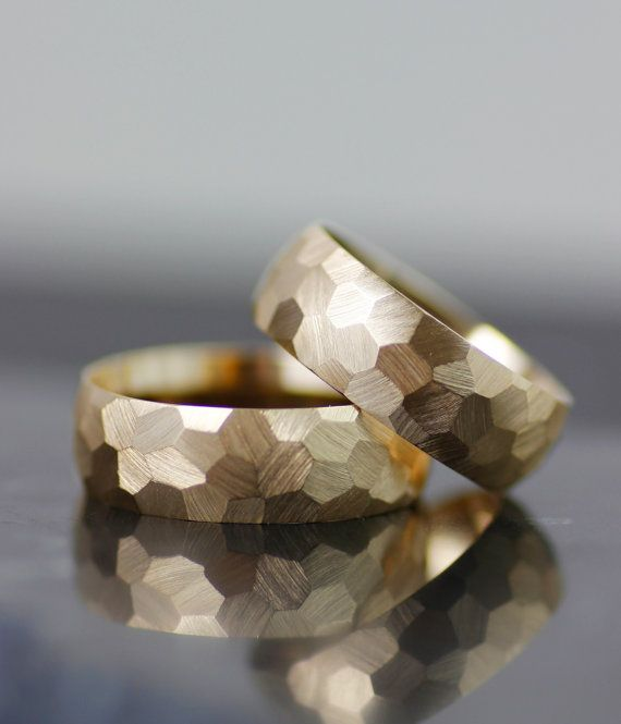 Wedding - Modern Womens Wedding Band Set, Womens Wedding Ring Set, Faceted Wedding Band, Honeycomb Wedding Band, Handmade Hammered Wedding Band