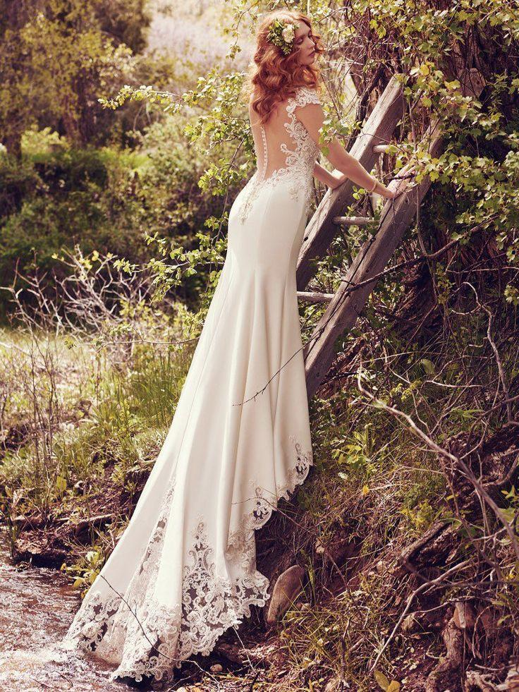 Mariage - That Fairytale Gown You've Been Looking For? We Found It.