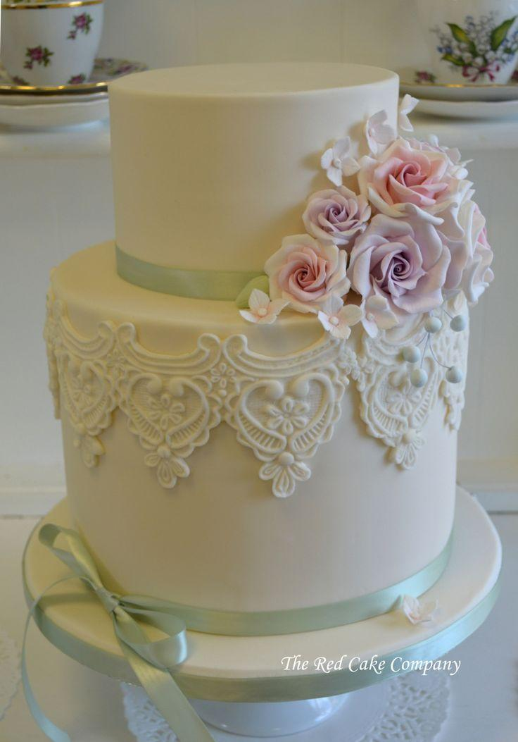 Hochzeit - Pink & Lilac Large 2 Tier Wedding Cake