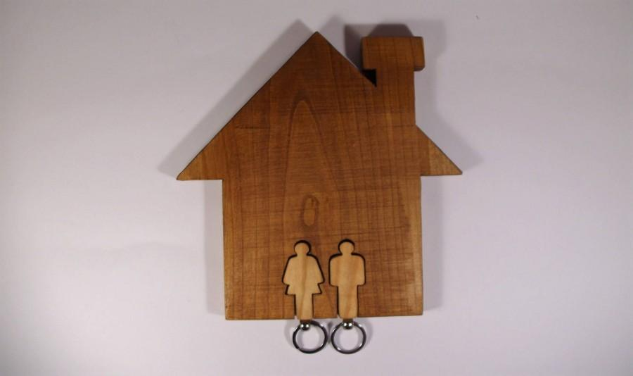 Düğün - Wall keychain holder in shape of a house with two keychains, Women and Man shape, Couple keychains, Wall key holder, House shape, Key holder